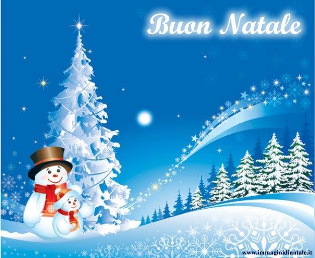 Immagini Albero di Natale: Albero di Natale e Pupazzi di Neve